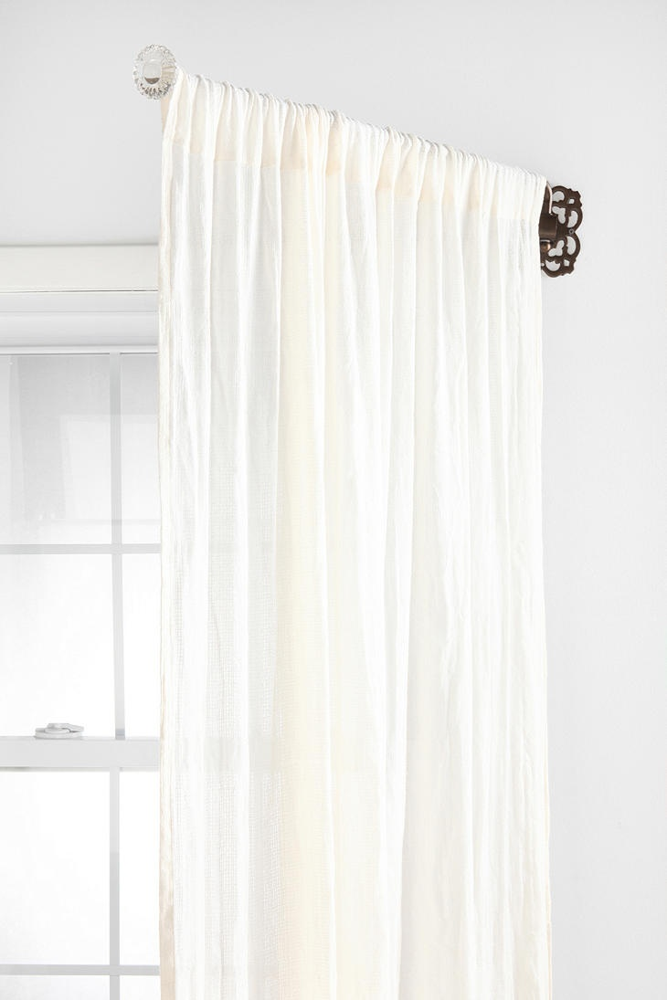 Swinging Curtain Rods in Curtain