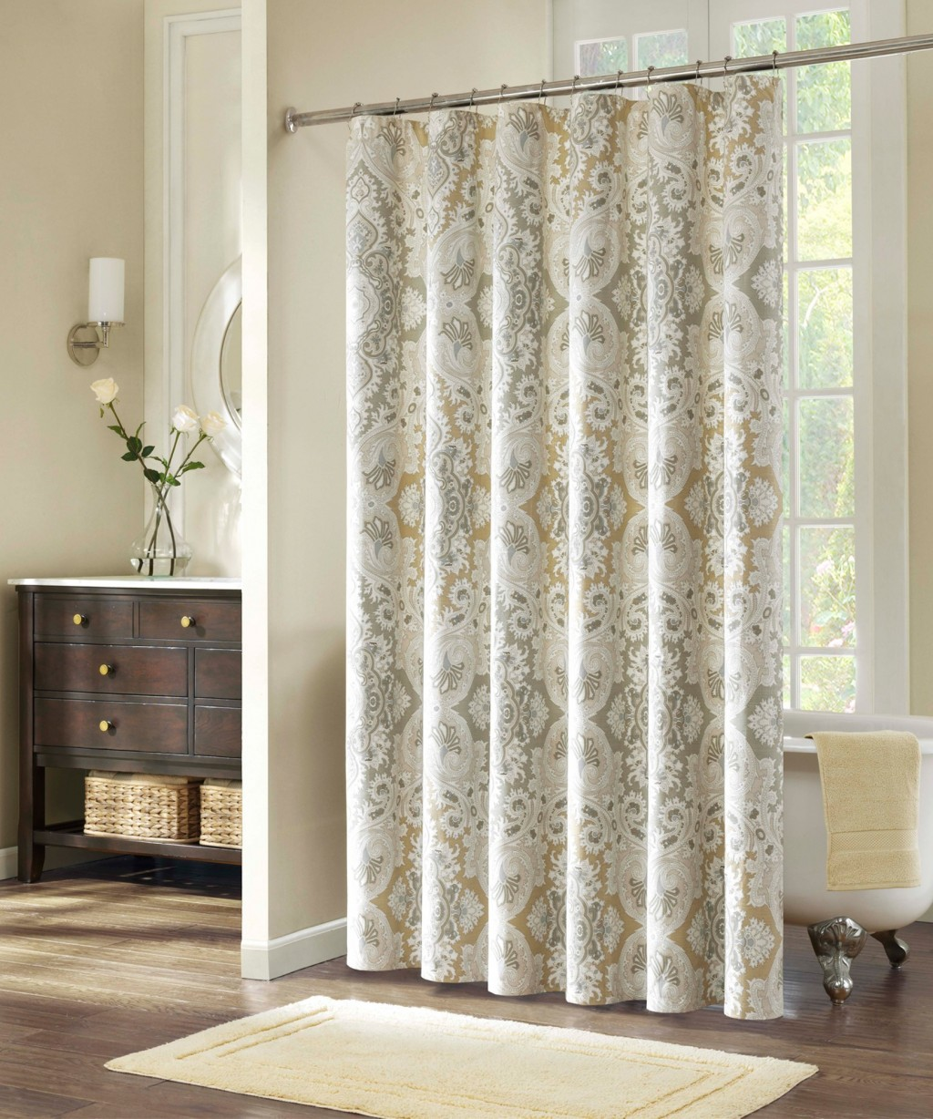 Neutral Curtains in Curtain